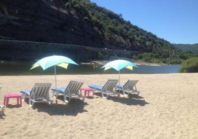 La plage privée du camping