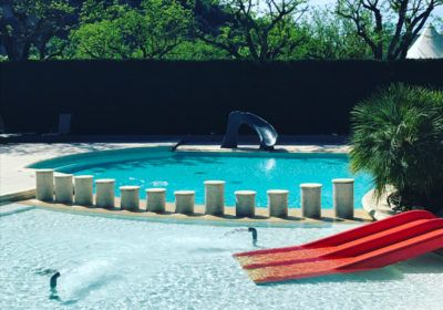 Zwembad van de camping